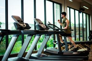 How to Fit in Exercise While on Vacation